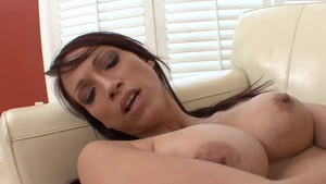 Young stepmom Tilly Mcreese and Nikki Hunter orgasm
