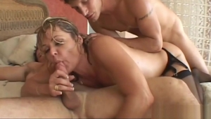 Ramming hard in company with cougar Kelly Leigh
