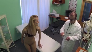 Real sex accompanied by skinny blonde hair