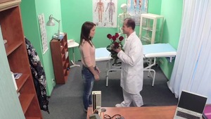 Real sex with skinny doctor