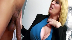 Fisting in the company of hottest blonde haired Sara Jay