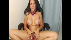 Masturbating on webcam colombian wearing shorts in HD