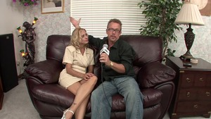 Stepmom Payton Leigh goes for fucking hard