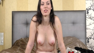 Sarah Highlight pussy eating at the castings