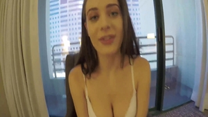 Busty Lana Rhoades squirting
