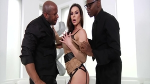 Ramming hard with mature Sean Michaels & horny Prince Yahshua