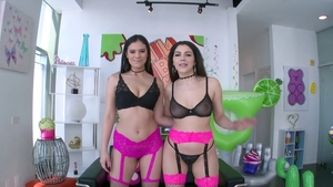 Bubble butt Valentina Nappi & perfect Violet Star ass pounding