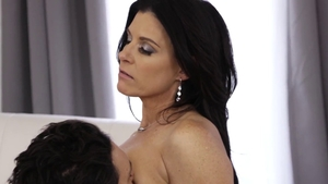Indian India Summer pussy licking