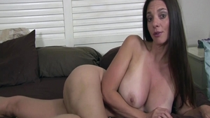 Quick rough nailing escorted by super sexy buxom Mindi Mink