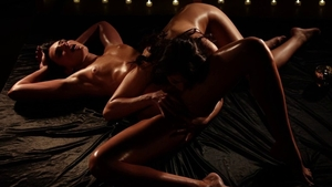 Shaved romantic fingering massage in HD