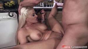 Large tits Holly Heart cumshot