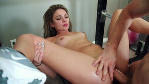 Very hot Athena Faris creampied in the gym
