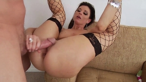 Mature anal gaping in HD