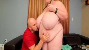 BBW Lexxxi Luxe rough pussy eating