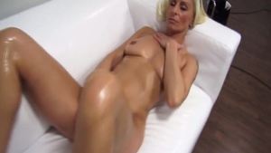 Nice amateur pussy fucking at casting