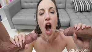Glamour chick being fucked by Ian Scott