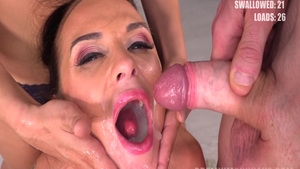 Bukkake with hot Vinna Reed in tandem with Cristal Caitlin
