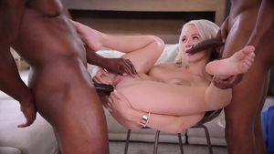 Blonde haired Elsa Jean wearing jeans threesome