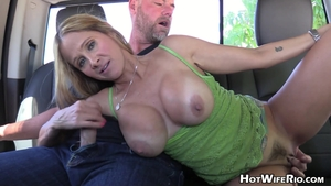 Stepmom Hot Wife Rio jerks off outdoors