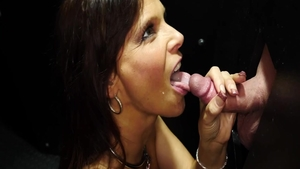 Charming Syren De Mer double penetration blowjob cum