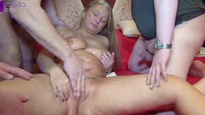 Big tits deutsch mature Rosella Extrem loves deepthroat in HD