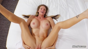 Amateur goes for fun with toys HD