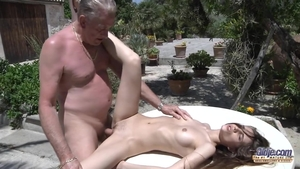 Creampie outdoors