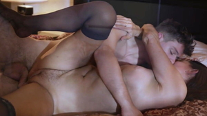 American MILF Magdalene St Michaels got her pussy pounded