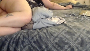 Large boobs and chubby boyfriend hard pussy eating solo