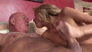 Hard nailining in company with petite blonde babe