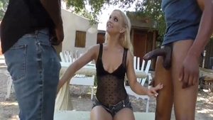 Handjob porn between young rough Bella Jane