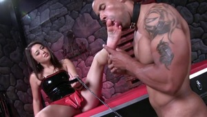 Mistress feels the need for rough nailing
