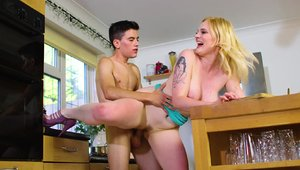 Brazzers Network - BBW Carly Rae