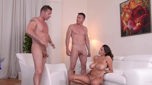 Sexy busty stepmom Sensual Jane HD
