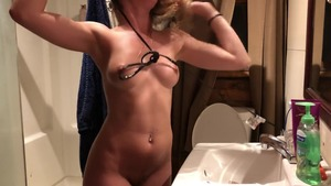 Sexy dancing in the bed next to large tits stepsister